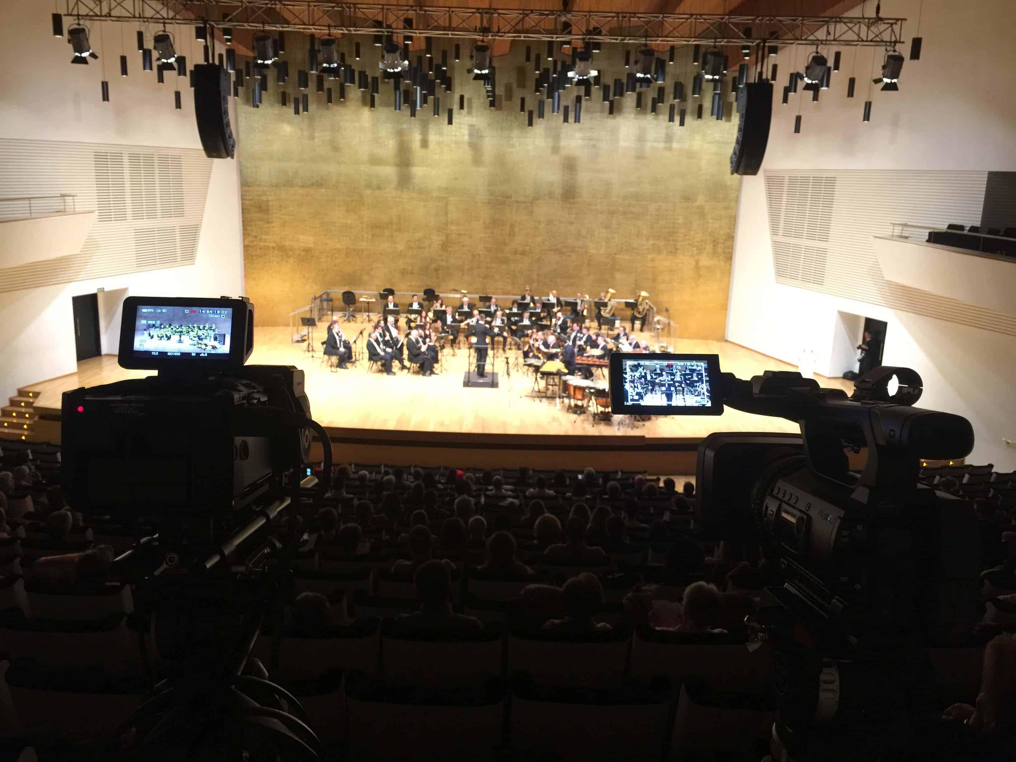 Productora Audiovisual de Alicante encargada de la Grabación de conciertos multicámara en Full HD. Equipo de microfonía de gran calidad.