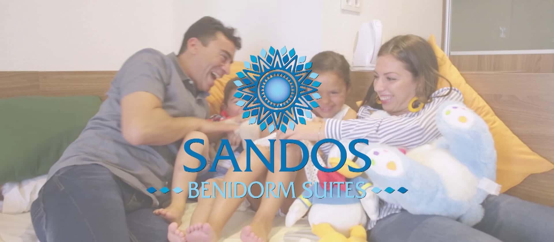 Spot Hotel Sandos Benidorm Suites donde se muestra que es un destino excelente para las familias llevado a cabo por Producciones GDP